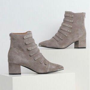Jeffrey Campbell Serpico boots